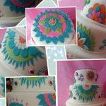 torta y cupcakes decorada con flores