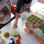 Cocinando cupcakes, taller de Adultos, año 2020